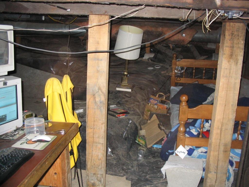 basement-shitstation (16)
