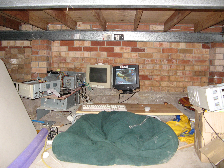 basement-shitstation (33)