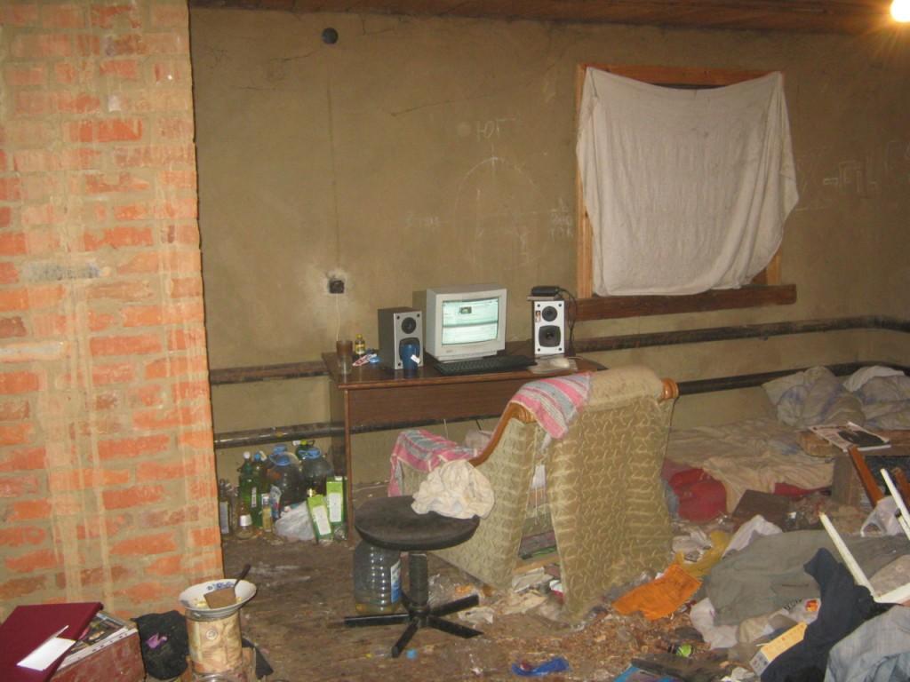 basement-shitstation (7)